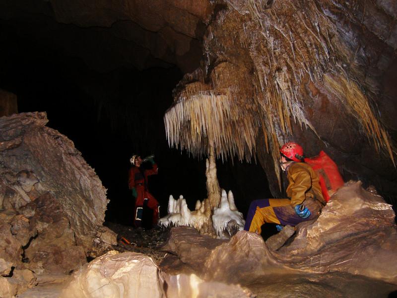 bivouac-souterrain-speleo-pyrenees