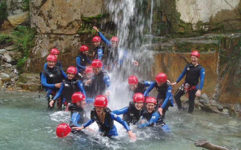 decouverte-canyoning-pyrenees